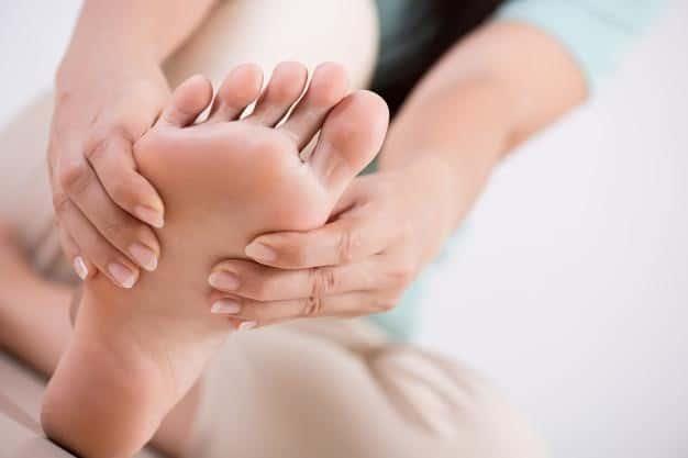 foot massage arthritis