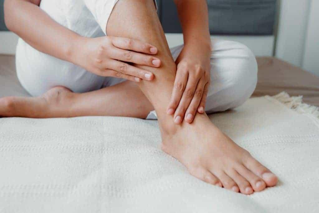 swelling feet 1
